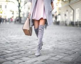 20 Стильних способів носити замшеві чоботи ботфорти фото