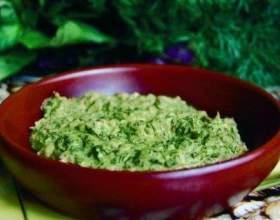 Аджика з зелених помідорів: 3 рецепта на будь-який смак фото