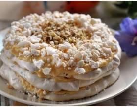 Білковий крем для прикраси торта фото