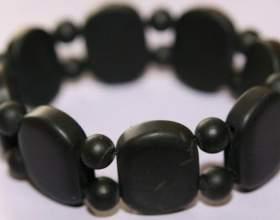 Чорний браслет бяньші: науково доведена користь чи гроші за гарний ефект плацебо? фото