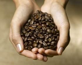 Для чого потрібна маска з кави і як її зробити? фото