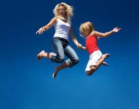 Фітнес на батуті - стрибаємо і худнемо фото