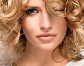Голлівудські локони: завивка на середні волосся фото