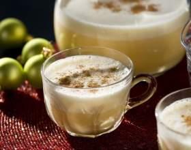 Як зробити гоголь-моголь? Класичний рецепт, лікувальний від кашлю і варіанти напоїв на основі гоголь-моголя фото