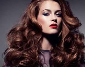 Як завивати волосся, щоб кучері довго трималися? фото
