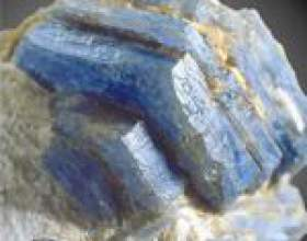 Корунд. Камінь корунд. Властивості корунду фото