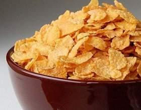 Кукурудзяні пластівці: користь і калорійність фото