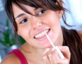 Кращі засоби з аптеки для відбілювання зубів фото