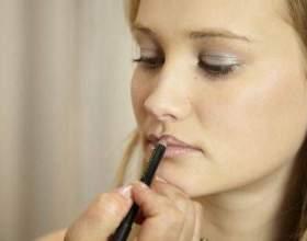 Макіяж для зорового збільшення губ фото