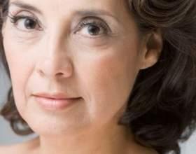 Маски для сяючих очей: боремося з віковими змінами шкіри фото