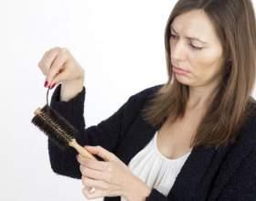Норма випадіння волосся у жінок в день фото