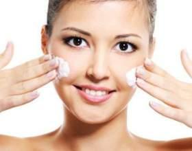 Відбілювання шкіри обличчя в домашніх умовах фото