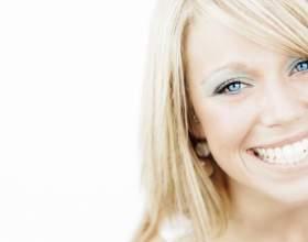 Відбілювання зубів перекисом водню в домашніх умовах фото