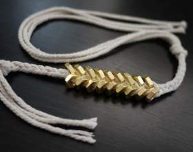 Плетіння браслетів з шнурків фото