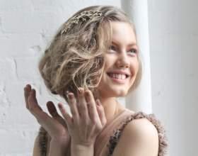 Зачіски на середні волосся на випускний бал: оригінальні варіанти і поради професіоналів фото