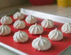 Рецепт безе в духовці: готуємо вишуканий десерт в домашніх умовах фото