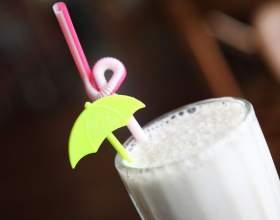 Рецепт молочного коктейлю з морозивом. Як зробити класичний коктейль з морозива? фото