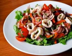 Салат з консервованих кальмарів. 7 рецептів на кожен день фото