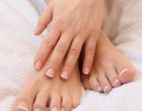 Лущення шкіри на ногах фото