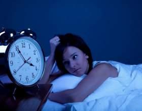 Скільки людина може прожити без сну? Порушення сну: лікування народними засобами фото