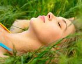 Сон для жінки: фази сну, недосипання і його наслідки, час для сну, як підготуватися до сну і як вибрати подушку фото