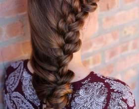 Сучасні гарні зачіски на випускний (20 фото) фото