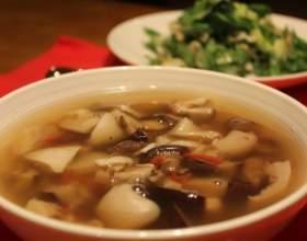 Суп із заморожених грибів фото