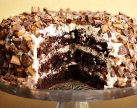 Торт снікерс: рецепти приготування з випічкою і без фото