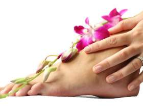 Догляд за ногами, стопами ніг, педикюр - готуємо ніжки до літа фото