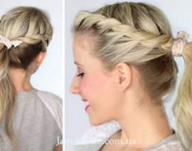 Закручений кінський хвостик - гарна зачіска на кожен день фото