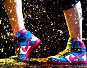 Жіночі кросівки найк фото